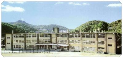 室蘭市立港南中学校